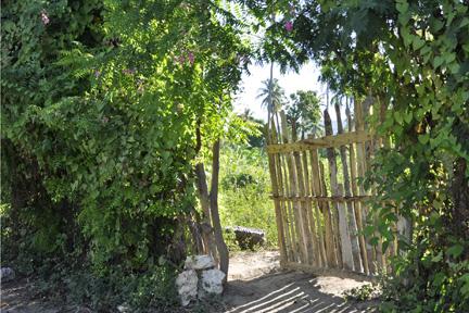 Haitian Gate